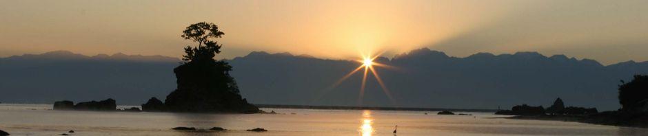 雨晴海岸からの夜明け